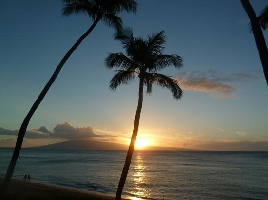 Aston Mahana at Kaanapali: sunset from the lanai of our condo