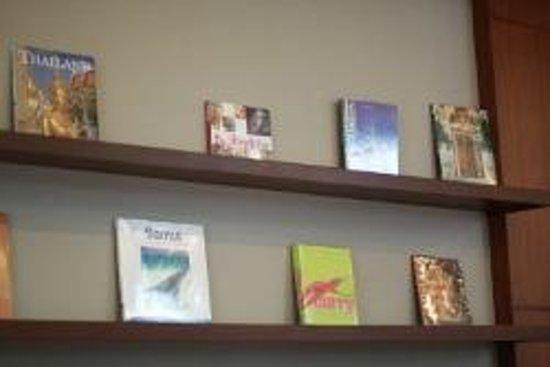 Asoke Residence Sukhumvit: Travel and Cultural Books