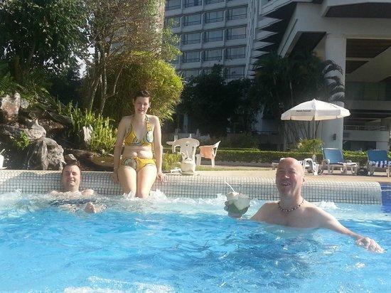 Dusit D2 Chiang Mai: Pool