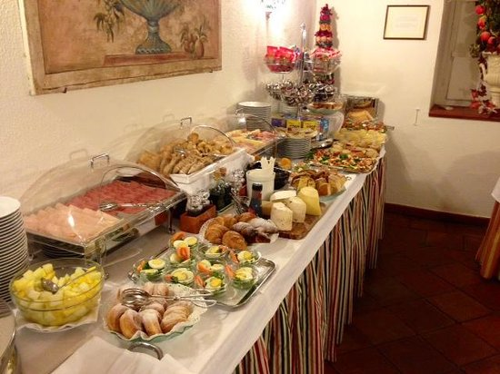 Albergo del Sole Al Pantheon: Breakfast Buffet