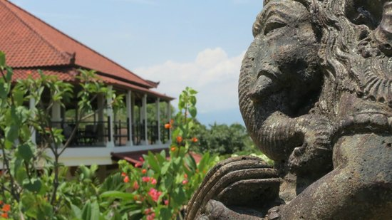 The Hamsa Bali Resort: The Hamsa and surrounding