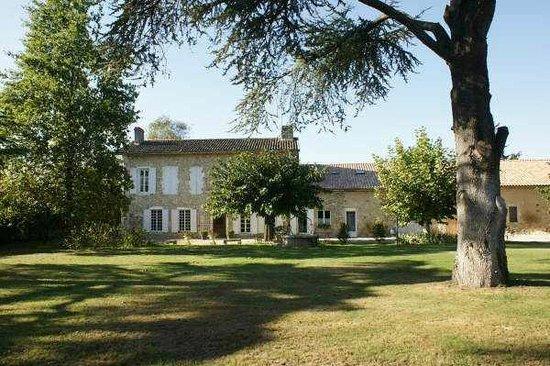 Domaine Pascaud: Le parc de plus de 10 000 m2