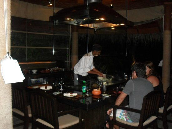 Baros Maldives: Japanese Tepenyaki Grill in Cayenne restuarant