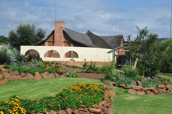Askari Game Lodge & Spa: Grounds