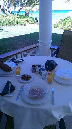 Half Moon: breakfast! yum!