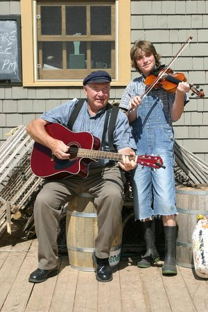 Avonlea Village: Music,music, everwhere ...