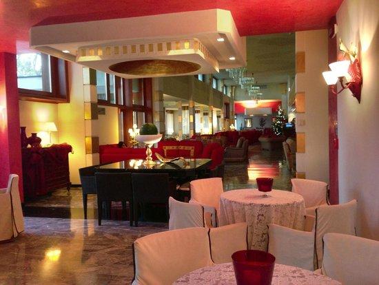 Wellness Hotel Terme delle Nazioni: Lobby / Bar