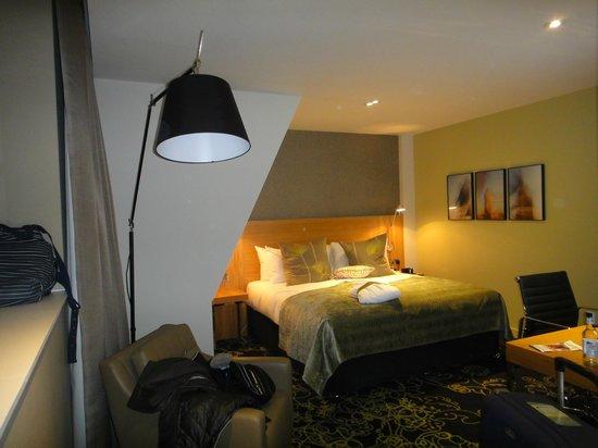 Apex Temple Court Hotel: Room