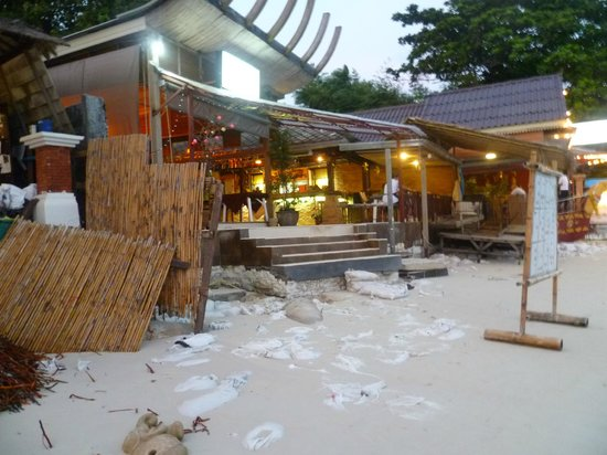 Chaweng Chalet Resort: spiaggia