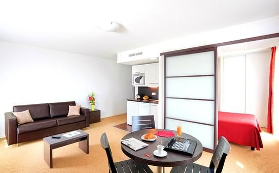 Appart'City Confort Nantes Ouest Saint Herblain : Park&Suites Nantes Atlantis - 1-bedroom Superior Apartment