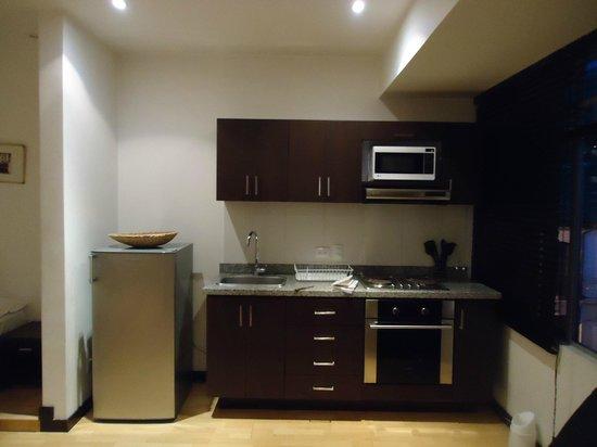 Candelaria Suites: Cocina