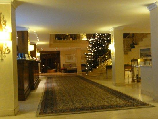 mignardises bild von hotel colombi freiburg tripadvisor. Black Bedroom Furniture Sets. Home Design Ideas