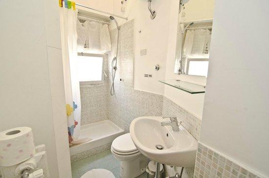 La Dolce Vita In B&B: bathroom
