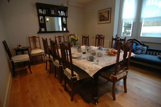 Pooters Bed & Breakfast: The Dining Room - breakfast is served here