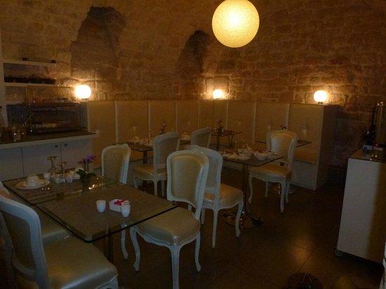 Hotel Caron: Salon du petit déjeuner.