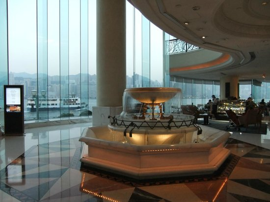 Harbour Grand Kowloon: a uge lobby with a panoramic view of hong kong harbour