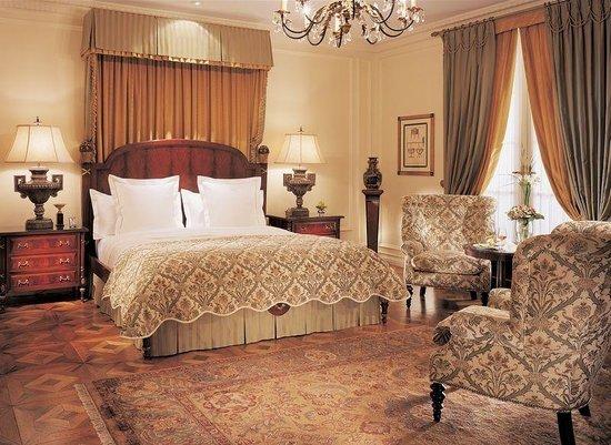 Hotel Le St-James: Chambre des maîtres, Appartement Terrasse