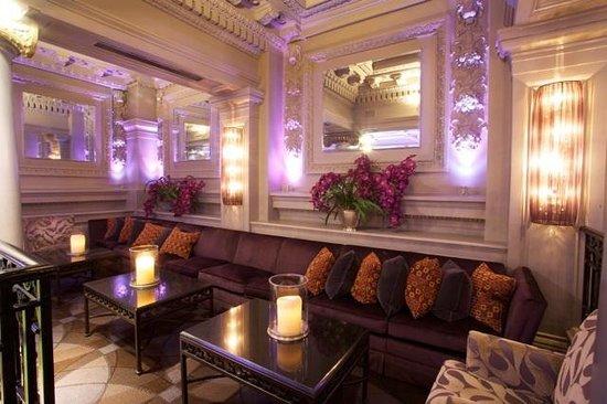Hotel Le St-James: Mezzanine, XO Le Restaurant