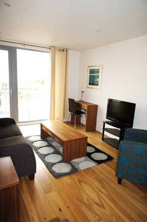 Meridian Terrace Serviced Apartments: Lounge