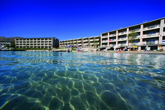 Campbell's Resort on Lake Chelan: Best beach in town