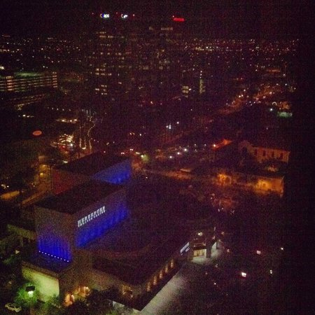 Hyatt Regency Phoenix: View of downtown Phoenix from the 21st floor