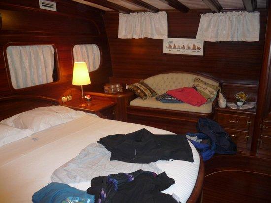 Plaghia Boat & Breakfast: SILVER SATR II