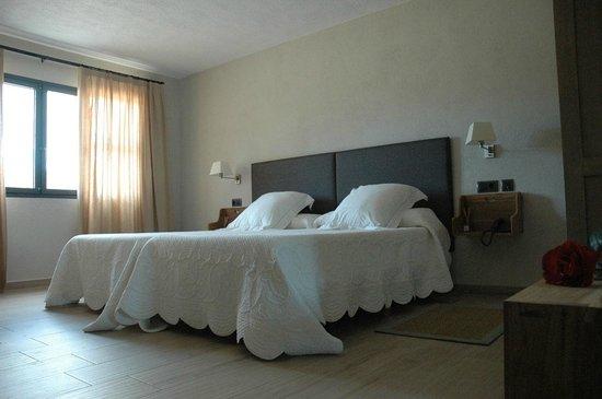 Hotel Mas El Cuquello: Hab. Torreblanca