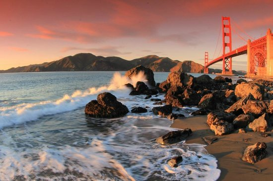 Hostelling International- San Francisco/ Downtown: sunset over GGB- must do while staying here!