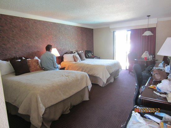 Best Western Plus Humboldt House Inn: The pool area rooms, complete with balcony overlooking pool