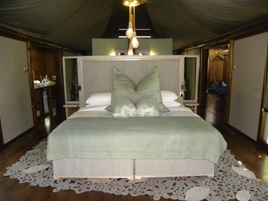 andBeyond Ngala Tented Camp : Bedroom