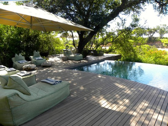 andBeyond Ngala Tented Camp: Pool