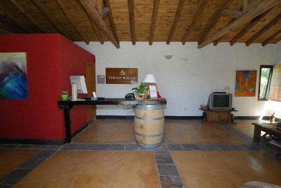 TikayKilla Lodge & Wines: Front desk