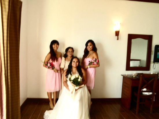 Club Balai Isabel: My Wife and 3 beautiful daughters in the room