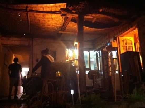 Restaurant Casa de Piedra: ambiente