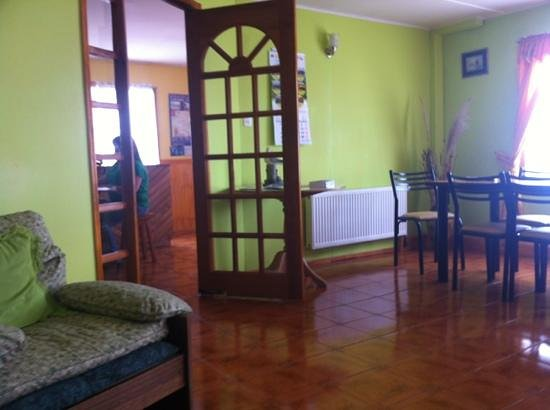 Hostal Chorrillos: Living- and breakfast room
