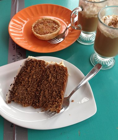 Sweet Ting: Coconut tart, cappuccino cake and iced coffee. Yum!