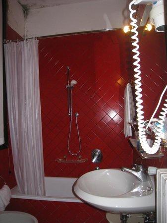 لو بوليفارد: salle de bain 