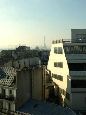 Mercure Paris Montmartre Sacre Coeur: Vue Tour Eiffel