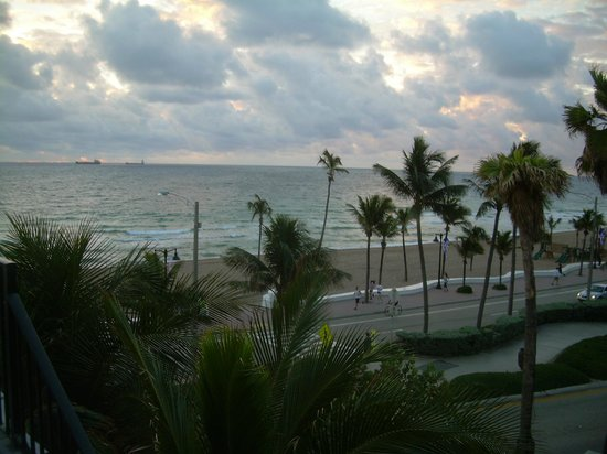 سنووز: View from balcony