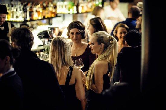 Bar Ktery Neexistuje: Grand opening