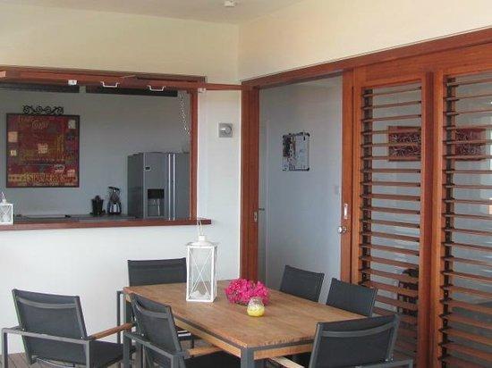 Boca Gentil Villas & Apartments: boca gentil apartment kitchen and balcony