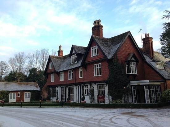 Ravenwood Hall Country Hotel: Beautiful winter's morning