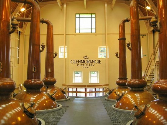Atholdene House: Whiskey Heaven