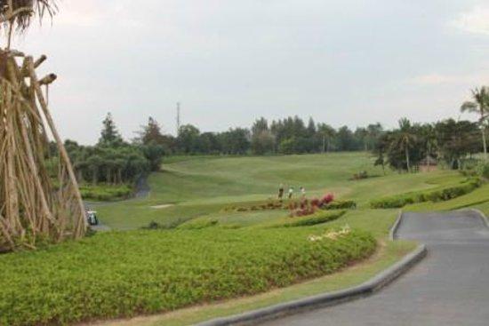 Pan Pacific Nirwana Bali Resort: il campo da golf