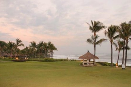 Pan Pacific Nirwana Bali Resort: il campo da golf