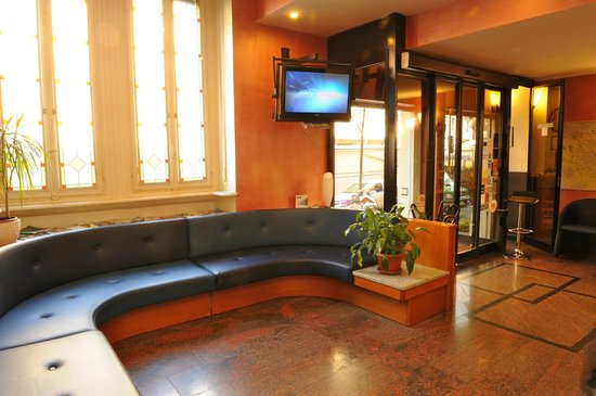 Hotel Piacenza: hall