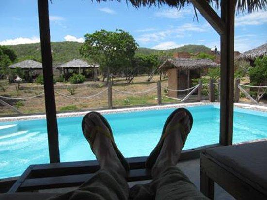 Les Paillottes de Babaomby: La piscine naturellement chaude, mmm !