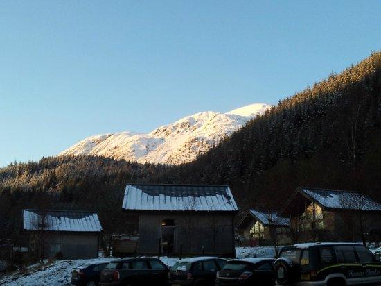 Forest Holidays Strathyre, Scotland: Sunshine on Ben Ledi foothills