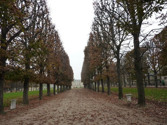 Foto de jardines luxemburgo par s estatuas en el parque for Jardines de luxemburgo paris