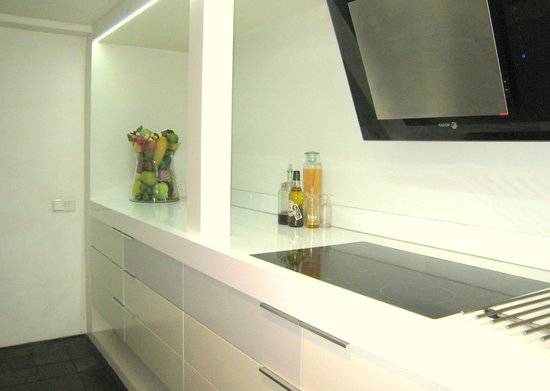 Appartement Maurits: kitchen with induction